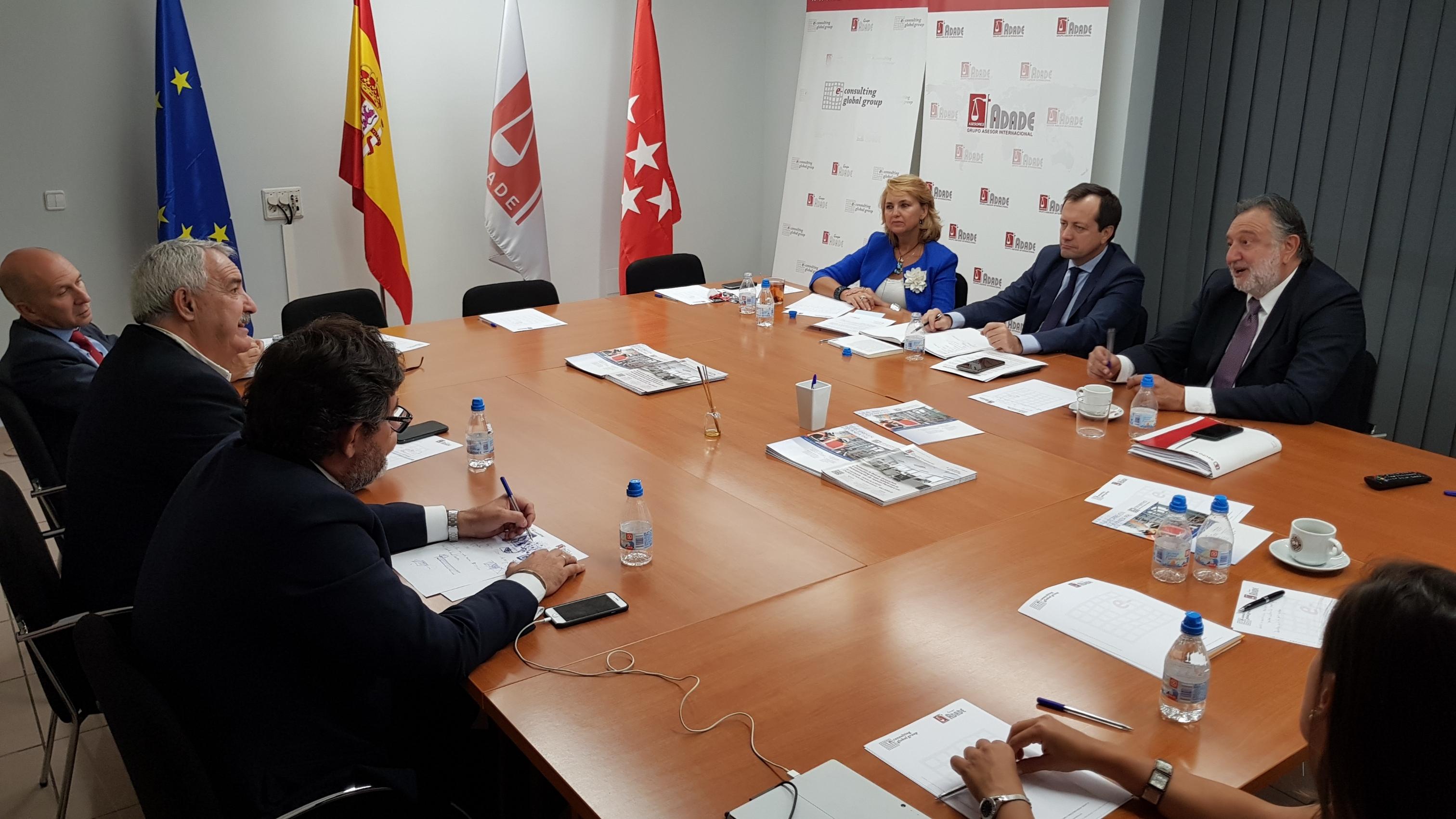 ADADE/E-Consulting participa en la Reunión Mensual de la Junta Directiva de FENAC | Sala de prensa Grupo Asesor ADADE y E-Consulting Global Group