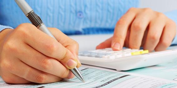 ¿Estás incluyendo correctamente el IRPF en tus facturas? | Sala de prensa Grupo Asesor ADADE y E-Consulting Global Group
