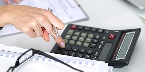 Qué gastos son deducibles en el IRPF de un profesional