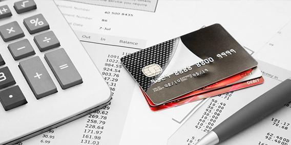 El Gobierno refuerza la protección de los clientes de créditos y tarjetas 'revolving' | Sala de prensa Grupo Asesor ADADE y E-Consulting Global Group