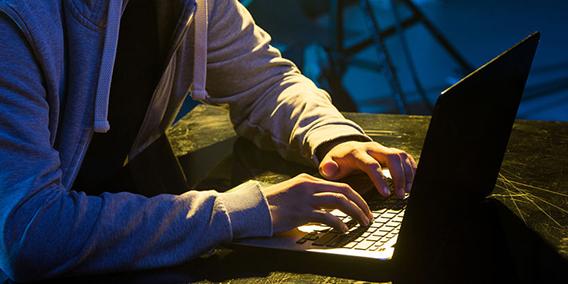 Facebook puede ser obligada a retirar contenido declarado ilícito, según TJUE | Sala de prensa Grupo Asesor ADADE y E-Consulting Global Group