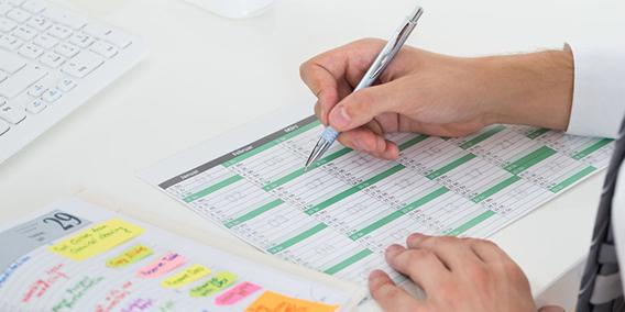 Entra en vigor el registro diario de los horarios de la jornada laboral | Sala de prensa Grupo Asesor ADADE y E-Consulting Global Group