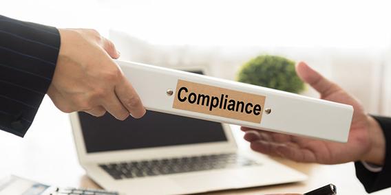 El magistrado del TS Vicente Magro afirma que hace falta un estatuto regulador sobre la figura del compliance officer | Sala de prensa Grupo Asesor ADADE y E-Consulting Global Group