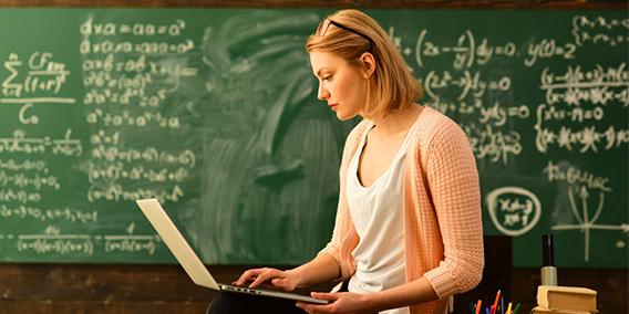 ¿Son falsos autónomos los profesores de academias? | Sala de prensa Grupo Asesor ADADE y E-Consulting Global Group