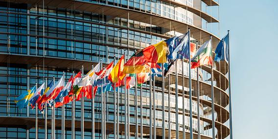 La Comisión Europea quiere que los países de la UE caminen hacia un salario mínimo | Sala de prensa Grupo Asesor ADADE y E-Consulting Global Group