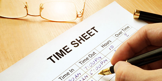Los trabajadores españoles se olvidan de cumplir el control horario y las multas a las empresas podrían llegar a los 180.000 euros