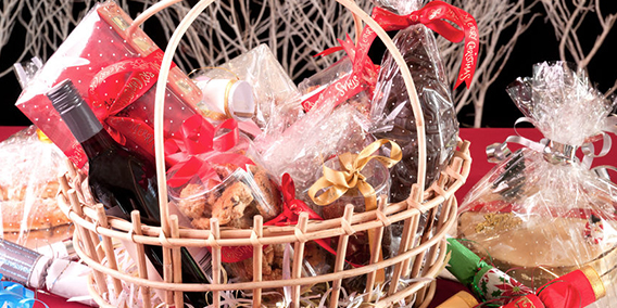 Vuelve un clásico navideño: las empresas no pueden eliminar las cestas de Navidad arbitrariamente