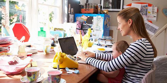 Las autónomas se bonificarán por maternidad sin tener que cesar su actividad