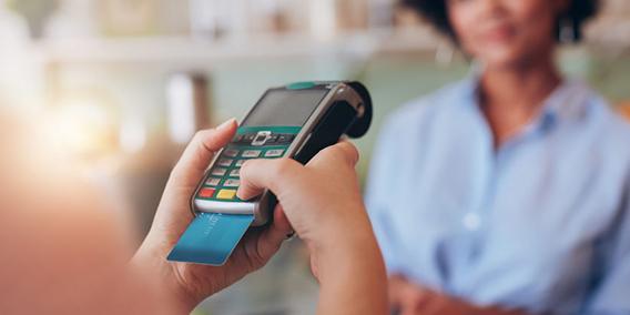 Hacienda envía cartas a las empresas que facturan poco, asustando a pymes y autónomos | Sala de prensa Grupo Asesor ADADE y E-Consulting Global Group