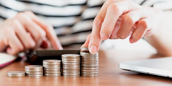 Obligaciones fiscales de agosto, presentación de declaraciones mensuales de IVA, IRPF e IS