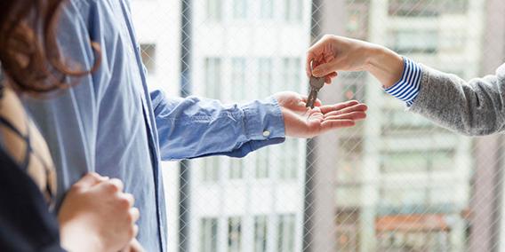 Hacienda, a la caza de viviendas turísticas: envía 700.000 requerimientos a los propietarios | Sala de prensa Grupo Asesor ADADE y E-Consulting Global Group