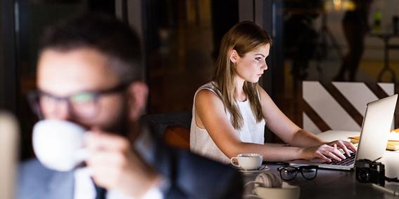 El TS cambia su doctrina y avala la solicitud de una trabajadora fija-discontinua frente a la AEAT  | Sala de prensa Grupo Asesor ADADE y E-Consulting Global Group