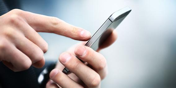La empresa necesita permiso del empleado para llamarle al móvil o usar su huella digital | Sala de prensa Grupo Asesor ADADE y E-Consulting Global Group