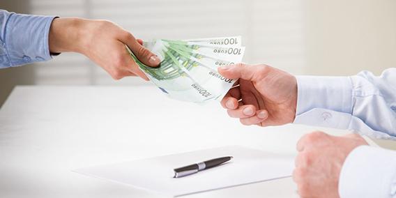 ¿Tienen los autónomos que tributar por las ayudas recibidas?  | Sala de prensa Grupo Asesor ADADE y E-Consulting Global Group